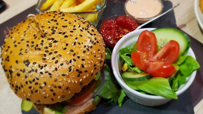 Masala Burger - Goa Beach, Paris