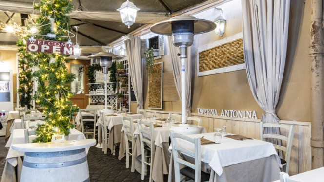 Terrazza - Taverna Antonina, Rome
