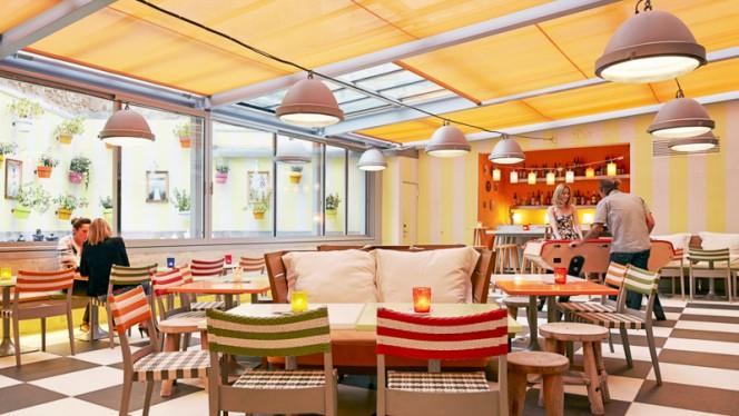 TERRASSE - Mama Restaurant Marseille, Marseille