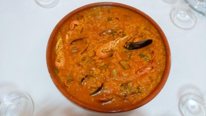 Arroz meloso de marisco,sepia y alcachofas - Racó de les Eres, Valencia