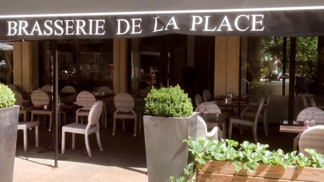devanture - Brasserie de la Place, Aix-en-Provence