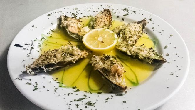 plato pescado 2 - El Caldero de Roal, Leganés