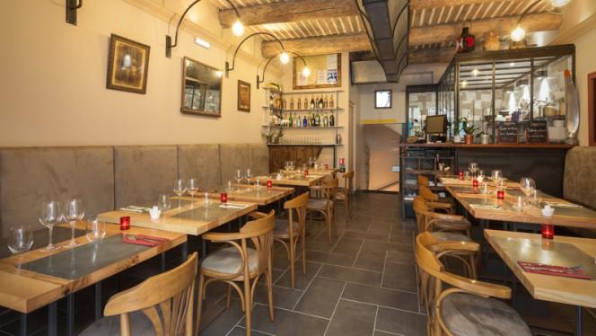Restaurant à Aix-en-Provence. La Bouchée 5 rue d'Entrecasteaux. Tel 04 42 61 58 39 - La Bouchée, Aix-en-Provence