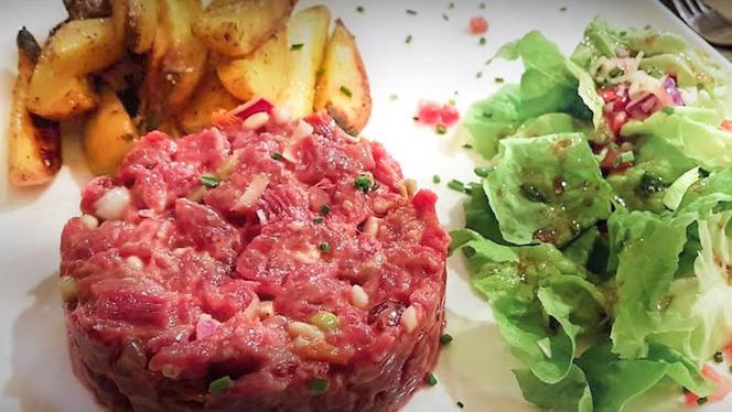 Tartare de Boeuf au couteau, pdt et salade - La Bouchée, Aix-en-Provence