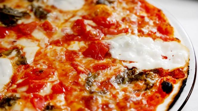 La pizza - La Scala, Rome