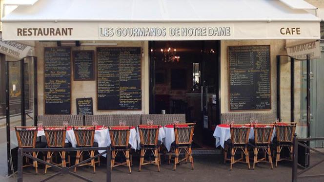 Terrasse - Les Gourmands de Notre Dame, Paris