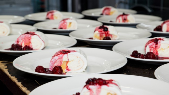 Dessert - Pompstation, Amsterdam