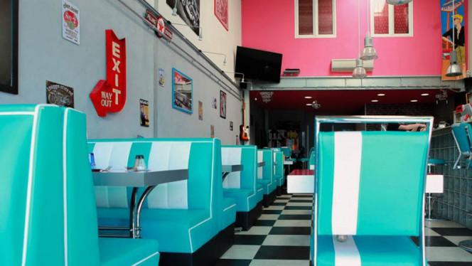 Salle intérieure - Pepper's Diner,