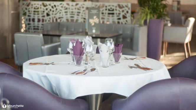 Table dressée - Equinoxe, Marseille