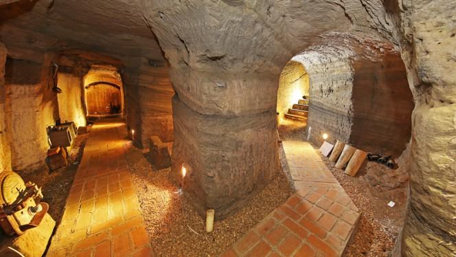 La grotta - La Credenza, Marino