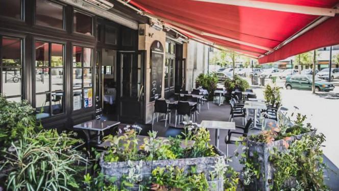 La terrasse - Le Café Bastide, Bordeaux