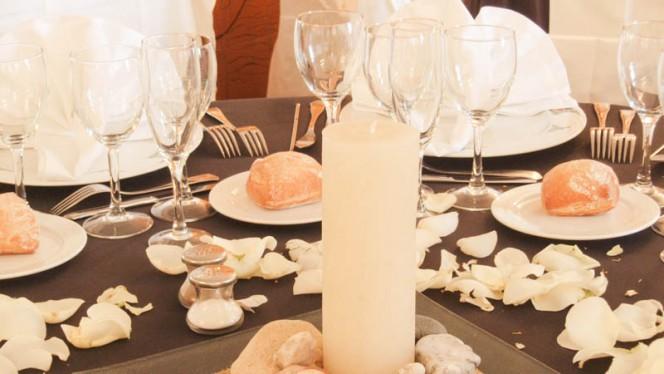 Detalle mesa - Áncora, Palamos