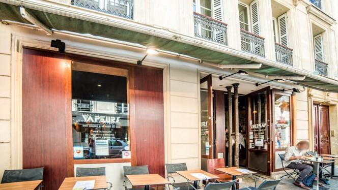 Apreçu de l'extérieur - A Toutes Vapeurs, Paris
