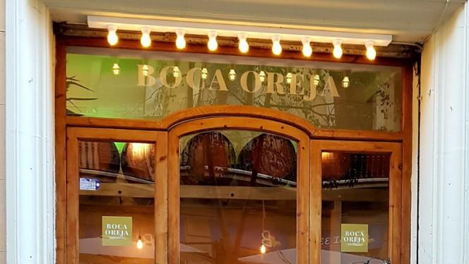 Entrada - Boca Oreja, Barcelona