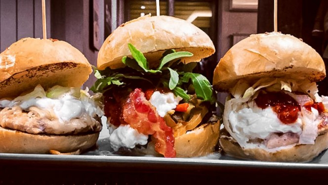 panini - Different Burger, Milan