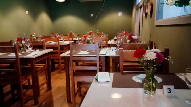 Vista do interior - Tomato Garden Italian Restaurant, Lisboa