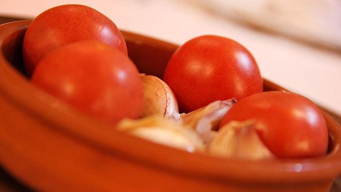Tradición del pan con tomate... - Pamplona, Barcelona