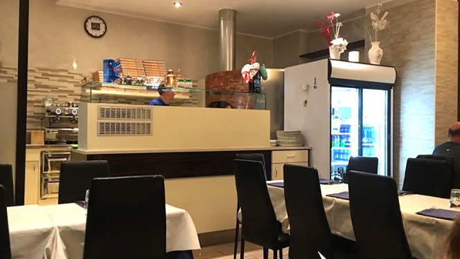 Angolo pizze - Pizzeria Snuppi, Milan