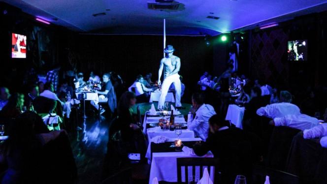 Espectaculo - The Lingerie Restaurant, Porto
