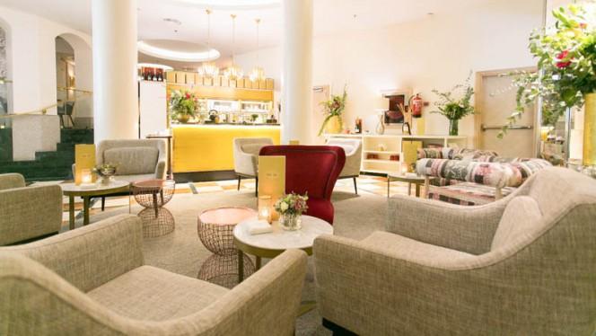 Sala - Suite & Tea, Madrid