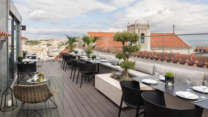 Terraço - Lumi Rooftop, Lisboa