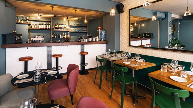 Sala - Ginette Bar, Barcelona