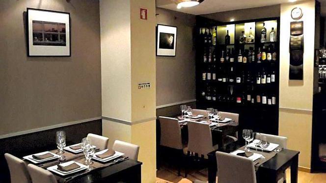 sala - Cheddar - Grill & Fondue, Matosinhos
