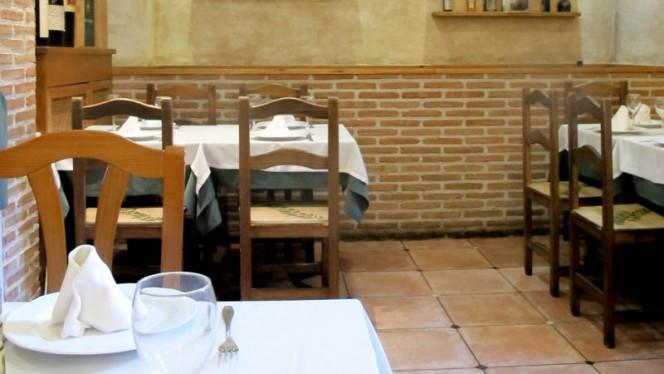 Vista sala - La Casa del Paleto, Madrid