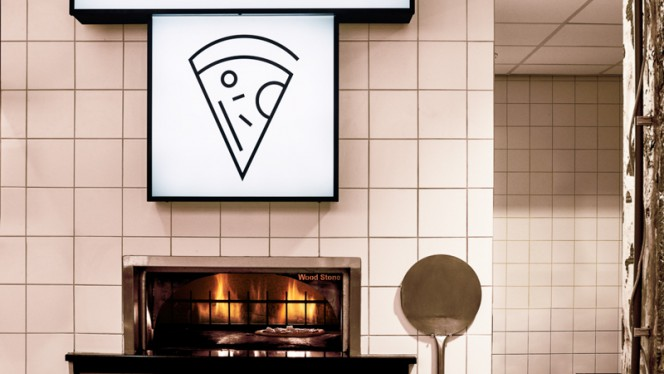 Verse pizza - The Commons Den Haag, Den Haag