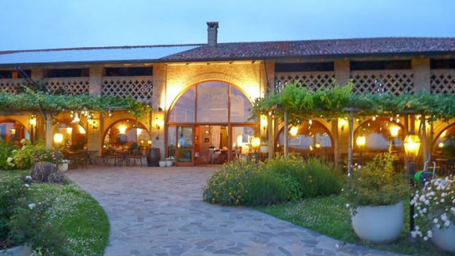 Esterno - 900 all'Isola, Udine