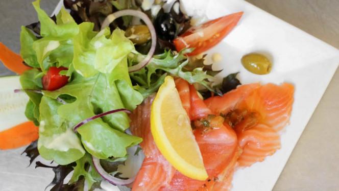 Salade de saumon fumé maison. - Le Picasso, Lyon