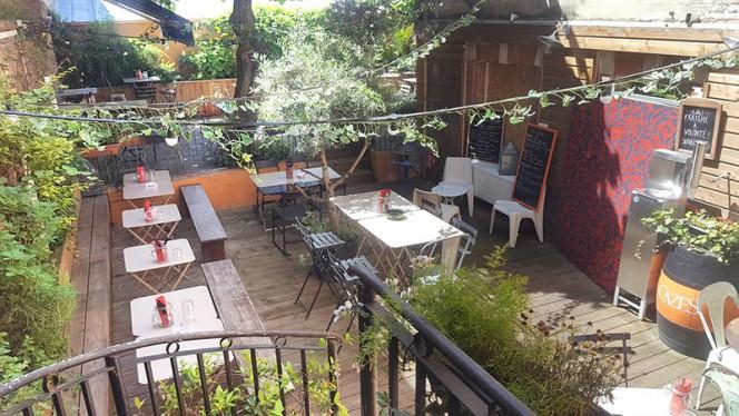 Vue de la terrasse - Beau (Beau) Bar, Toulouse