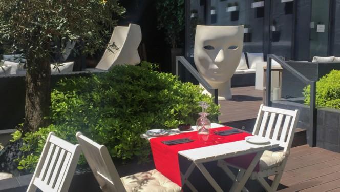 Esplanada - Restaurante Bistrôa (Um Clássico Português), Lisbon