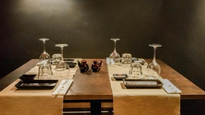 Detalle mesa - Casa Sushi, Madrid