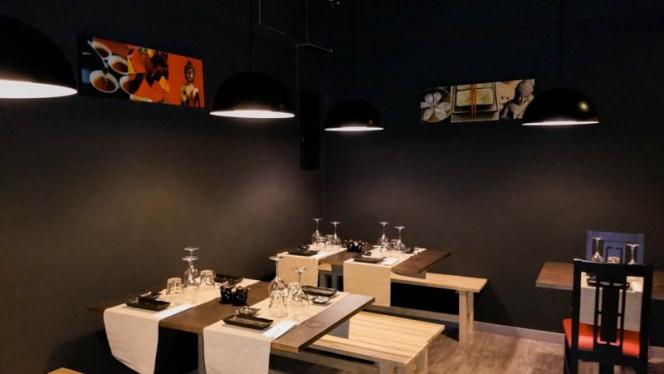 Vista sala - Casa Sushi, Madrid