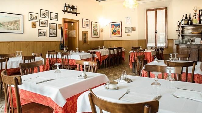 la sala - Antica Trattoria del Pontelungo, Bologna