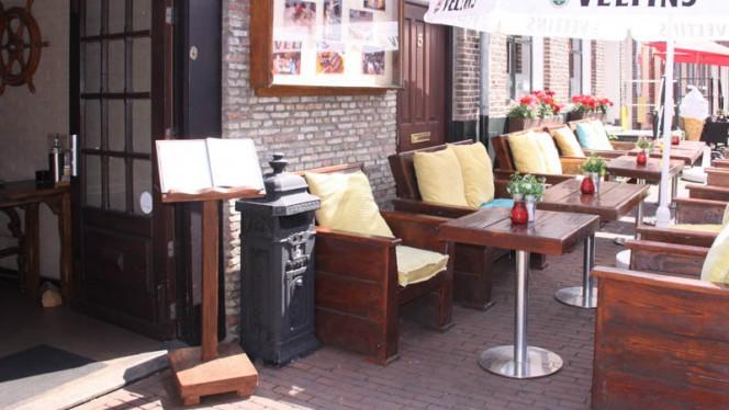 Terras - De Admiraal, Zwolle
