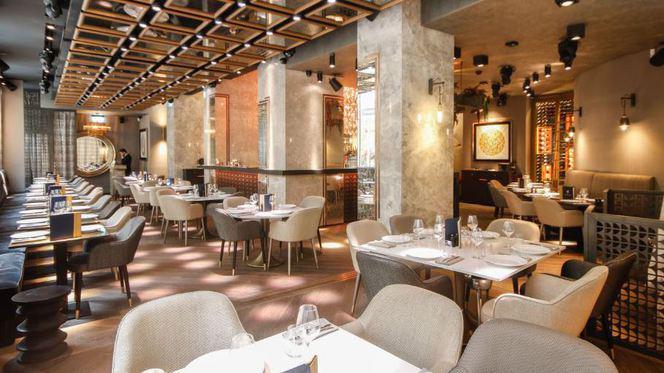 Salle - Le Baroque Restaurant - Passage des Lions, Genève