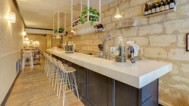 Vue de la salle - CRU Restaurant-Bar à Tartares, Bordeaux