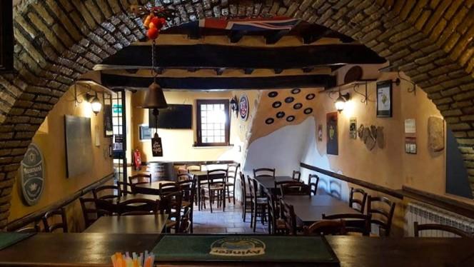 Sala - RoadHouse Pub, Anguillara Sabazia