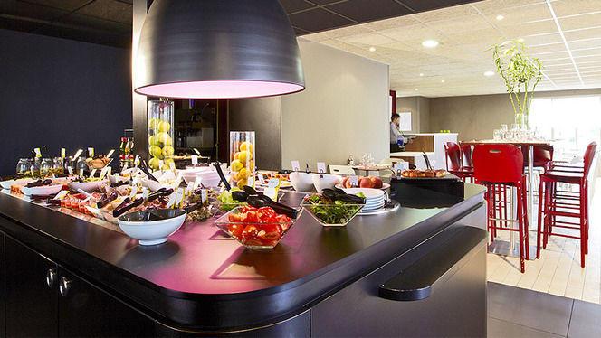 Vue sur le buffet - Campanile Strasbourg - Lingolsheim, Lingolsheim