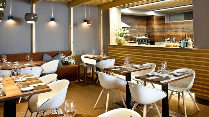 Sala do restaurante - SIZE /  Marques Soares, Porto
