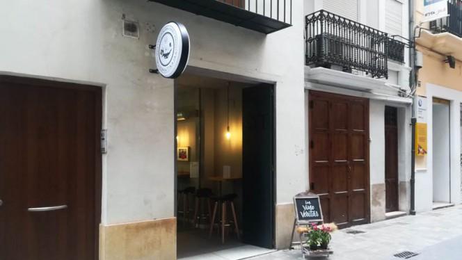 Entrada - Quiebratinajas, Valencia