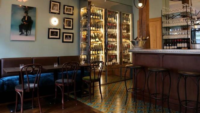 Vue de la salle - Bar du Bouillon, Paris