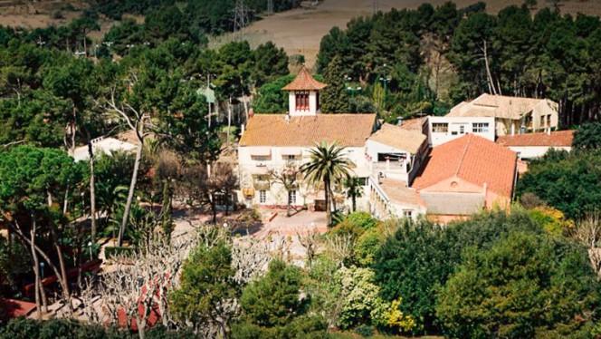 Exterior - Taula Casolana, Sant Esteve Sesrovires