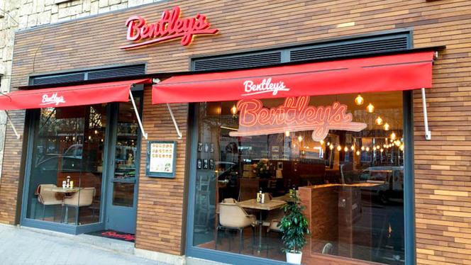 Entrada - Bentley's - Castellana, Madrid