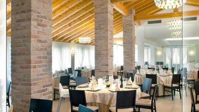 """sala interna - Ristorante con Pizza """"La Boschina"""","""