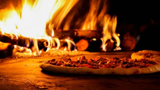pizza in forno a legna - Da Saverio Montepulciano, Montepulciano