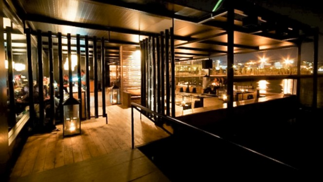esplanada - Sakana Restaurante Bar Sushi, Lisboa