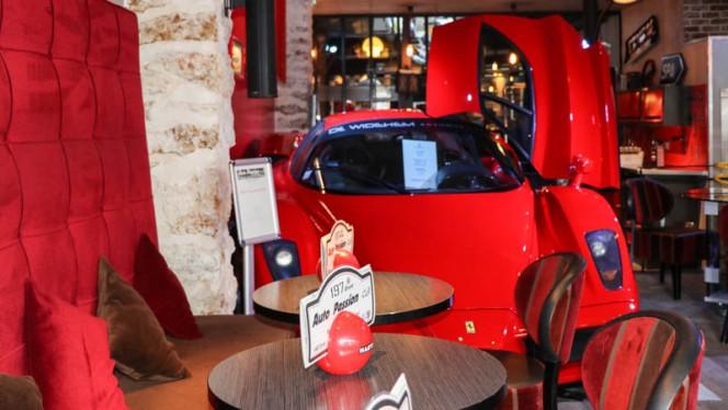 Salle - Auto Passion Café, Paris